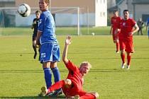Zábřeh versus Hulín (červené dresy).