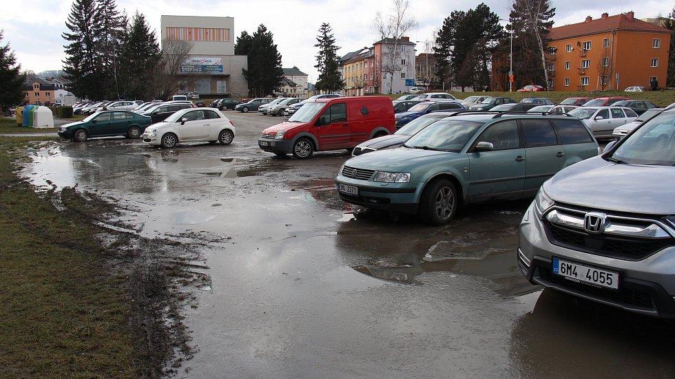 Odstavná plocha u zábřežského stadionu.