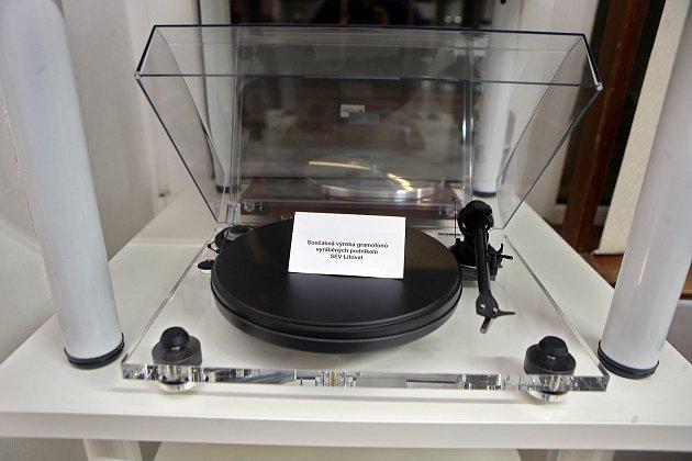 Nové muzeum gramofonů vLošticích. Současný gramofon