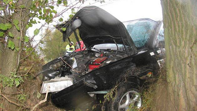 Řidič taxi havaroval u Šumperku kvůli nepřiměřené rychlosti
