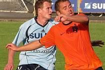Lukáš Okleštěk (vlevo) během nedávného utkání se Znojmem