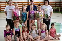 Šumperské gymnastky v Popradu.