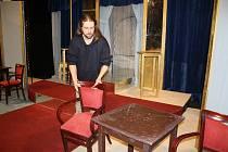 Deník mohl sledovat představení šumperského divadla ze zákulisí.