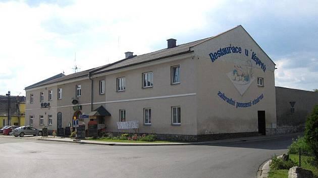 Pohostinství u Keprtů, Leština