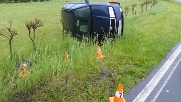 Řidička havarovala u Zlatých Hor.