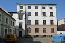 Jedna z budov bývalého kláštera ve Vidnavě, kterou stát vrátil řádu boromejek.