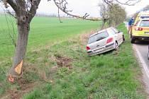 Nehoda mezi Hrabovou a Dubickem 12. 4. 2017