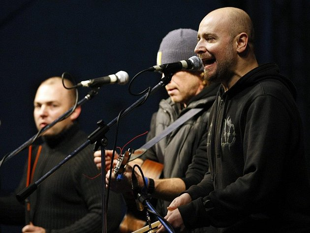 Děda Mládek Ilegal Band zahraje v Brníčku