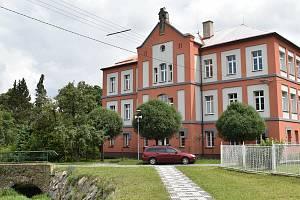 Škola v Supíkovicích. Ilustrační snímek