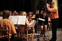 Lubomír Vepřek vede zábřežský orchestr mladých již sedmnáct let.