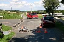 Při nehodě u Skorošic se těžce zranil patnáctiletý cyklista