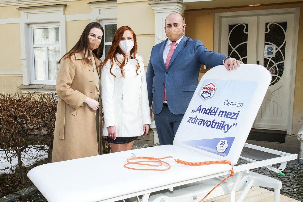Dcera prezidenta republiky Kateřina Zemanová navštívila Schrothovy léčebné lázně v Dolní Lipové.