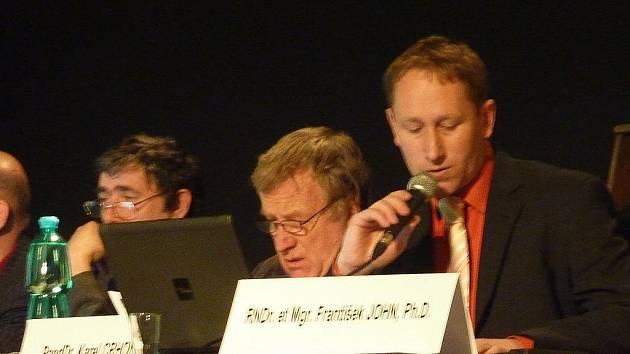 Z jednání zábřežských zastupitelů 30. listopadu 2011