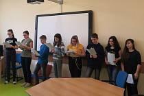 Čtení dětem z MŠ Severáček.