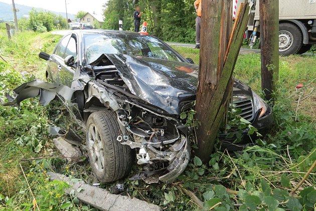 Řidič po nehodě utekl, byl opilý