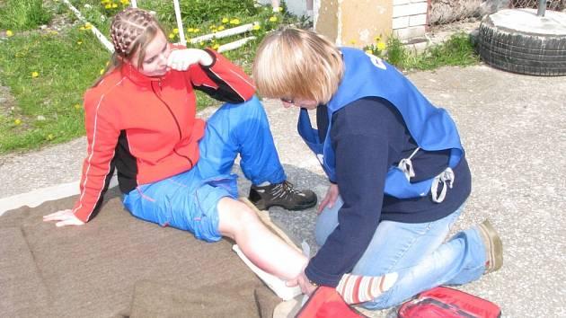 Dobrovolníci si otestovali například znalosti z první pomoci.