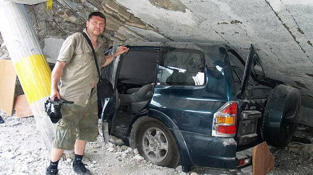 Zábřežský filmař Martin Strouhal při natáčení na Haiti v květnu 2010