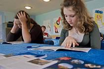 Ozdravný pobyt pro ukrajinské děti z černobylské oblasti pravidelně pořádá občanské sdružení Česko – ruská společnost. Těchto dnech se zotavují Vlčím Dole v Bludově