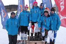Členové výpravy Ski klubu Šumperk na Andělské hoře.