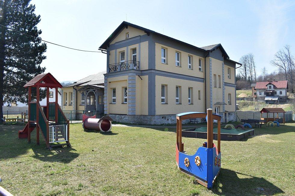 Mikulovice - mateřská škola v Širokém Brodě