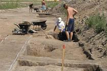 Archeologové hledají mezi Zvolí a Vlachovem osadu z doby bronzové