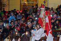 Tradiční mikulášský průvod v centru Šumperka