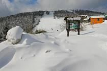 Ideální sněhové podmínky na Červenohorském sedle.