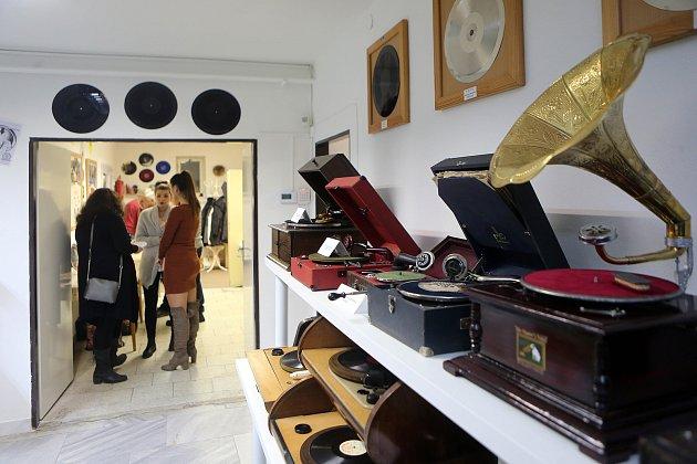 Nové muzeum gramofonů vLošticích.