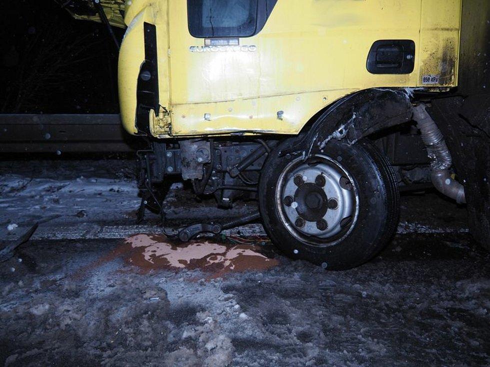 Nehoda na obchvatu Postřelmova.
