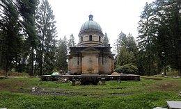Kaple s hrobkou rodu Kleinů v Sobotíně