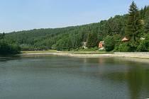 Přehrada na Bozeňově je v létě oblíbeným rekreačním střediskem Zábřežáků