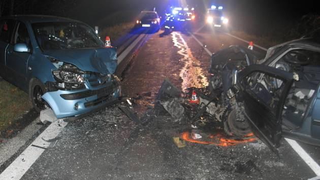 V sobotu 1. listopadu se stala na silnici mezi obcemi Bludov a Klášterec vážná dopravní nehoda.