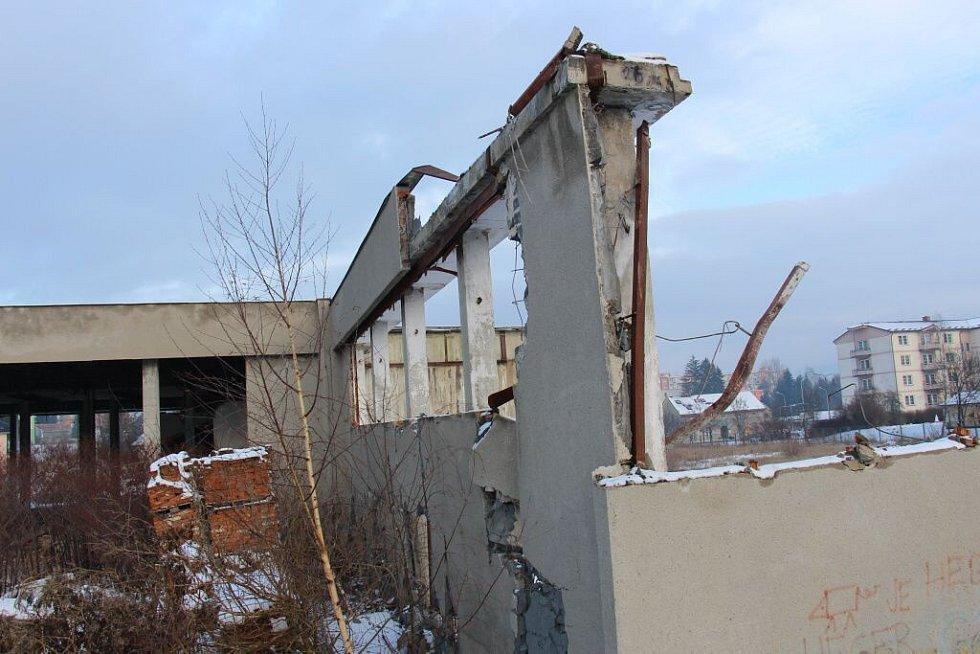 Bourání kotelny v Temenické ulici