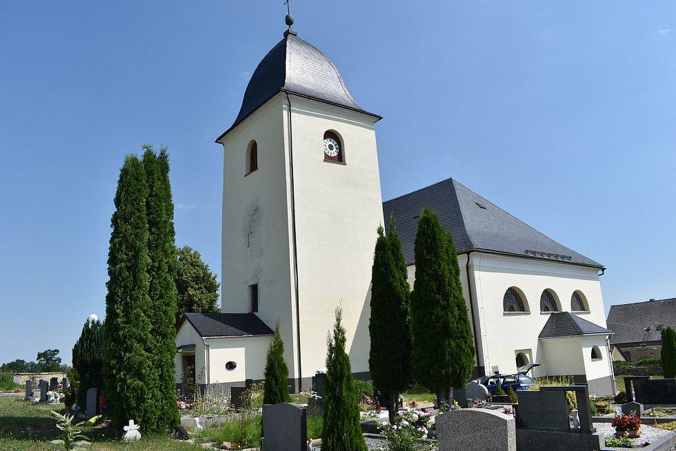Velké Kunětice - kostel.