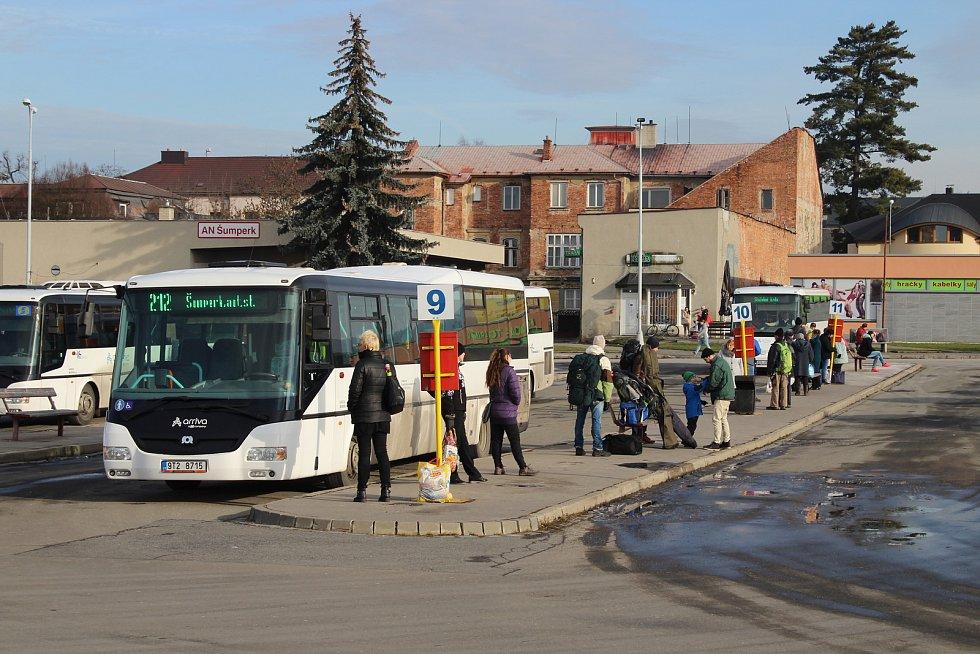 Staré autobusové nádraží v Šumperku má před sebou posledních pár týdnů provozu.