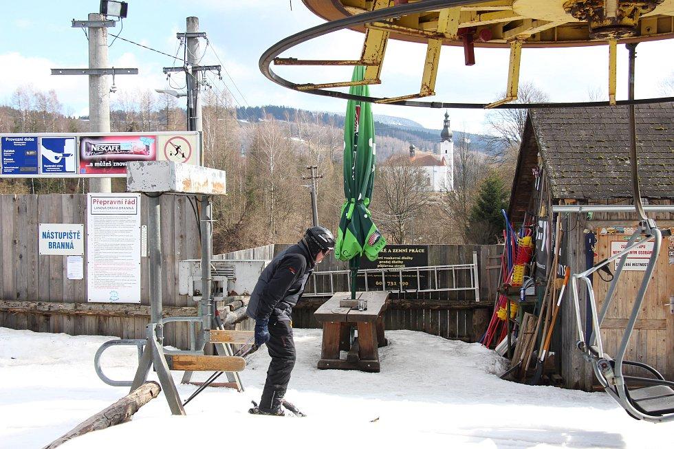 Jarní lyžování ve středu 8. března v Branné v Jeseníkách