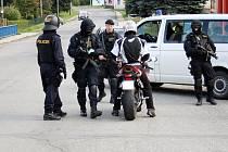 Policejní kontroly mezi Hrabišínem a Libinou v sobotu 27. září.
