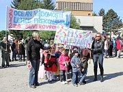 Majálesový průvod v Zábřehu, pátek 18. května 2012.