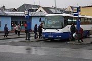 Podoba autobusového nádraží v centru Mohelnice před rekonstrukcí.