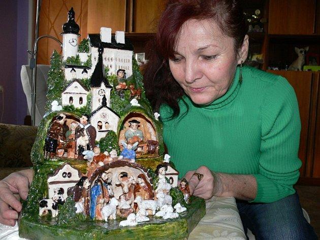 Výtvarnice Miloslava Vašíčková vymodelovala i svou rodinu.