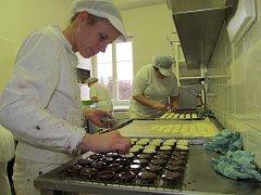 Cukrářská výrobna U Sněhové trubičky v Libině bere objednávky až do 14. prosince.