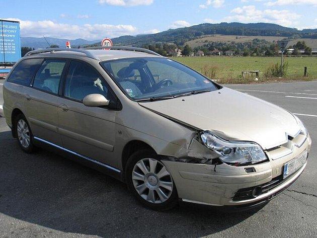 Snímky z dopravní nehody na rapotínské silnici, na kterou doplatily tři vozy