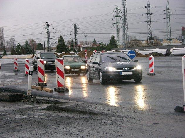 Na obchvatu Rájce je třeba dokončit také napojení na silnici u Zábřehu.