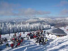 Takovou scenérii nabídne v sobotu lyžařský areál Kouty.
