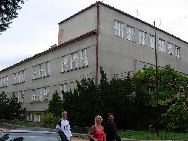 Nové využití bude mít bývalá budova základní školy ve Školské ulici v Zábřehu.
