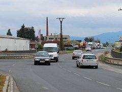 Na křížení průtahu městem s Olomouckou ulicí v Zábřehu zemřeli v sobotu po srážce osobního auta s autobusem čtyři lidé. Rondel by přispěl k větší bezpečnosti i zklidnění dopravy.
