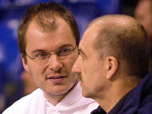 Jan Kratochvíl (vlevo)