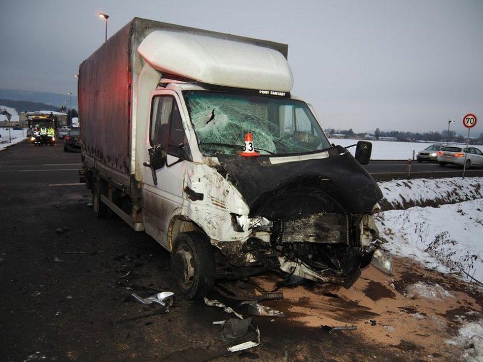 Nehoda popelářského vozu v Rapotíně.