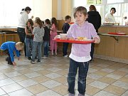 Jesenické speciality mohli ochutnat i žáci ve školní jídelně u 5. základní školy v Šumperku