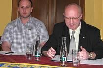 Radek Kučera (vlevo) a Vladimír Velčovský.